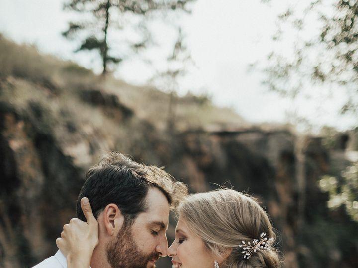 Tmx 1535403705 A690159a16194a6d 1535403703 C5426b2d13624bd8 1535403697752 6 5C58E938 3231 403E Boulder, Colorado wedding beauty