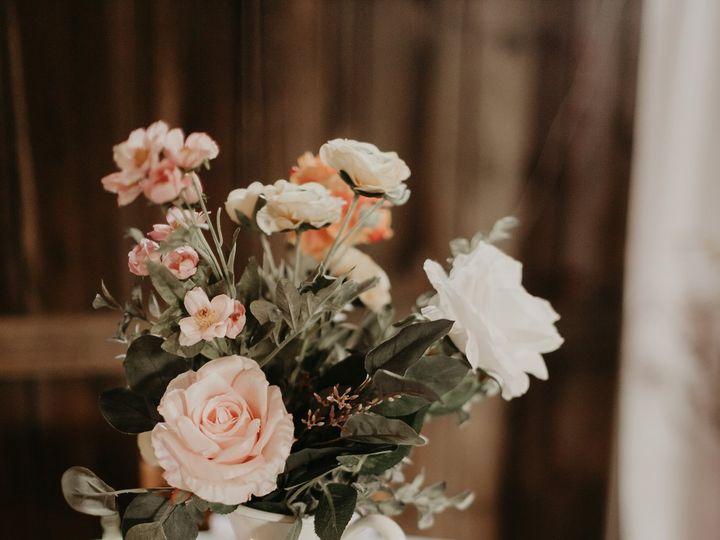 Tmx Img 0238 51 1907571 159460768783288 Mankato, MN wedding planner
