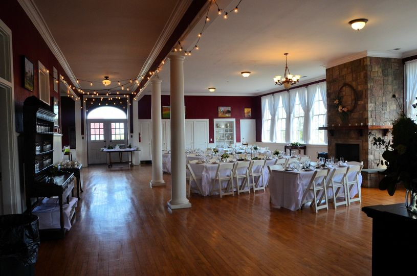 Wide view if main room