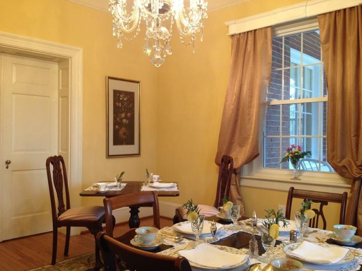 The tea room at Hill Crest Bed and Breakfast is perfect for a small reception or bridal shower