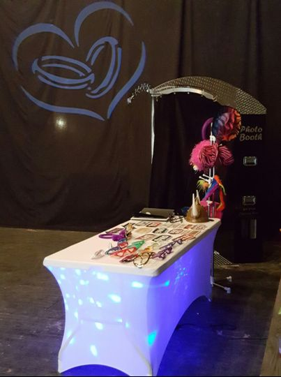 Tech 3 Productions photobooth accessories