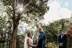 Weddings By Kelly