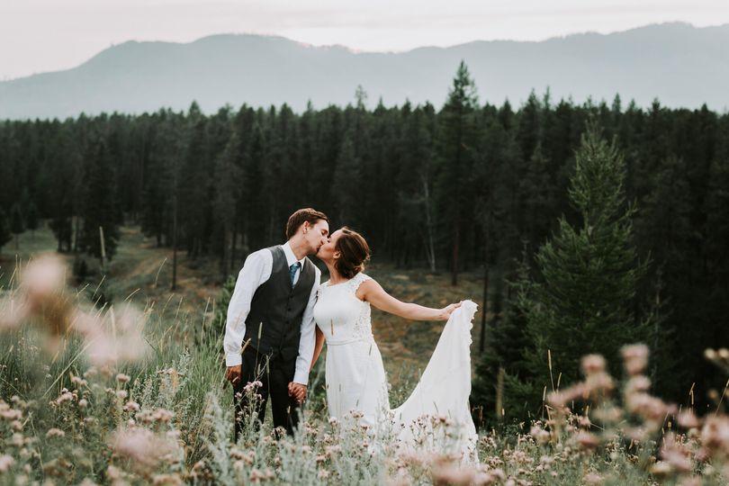 glacier park weddings great northern resort www bigdaycelebrations com amber lynn photography00556 51 478571 1568758405