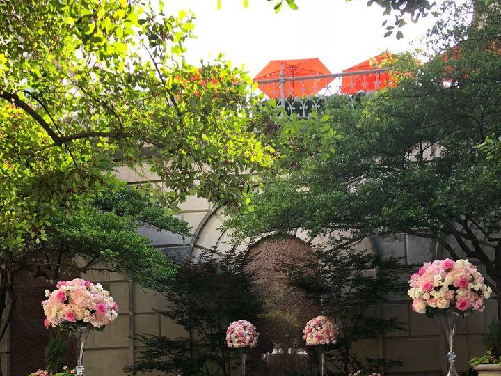 Tmx 1530630267 C9e59fe89d4037a7 1530630265 51cf67448daf2424 1530630260641 14 IMG 0475 Dallas, Texas wedding florist