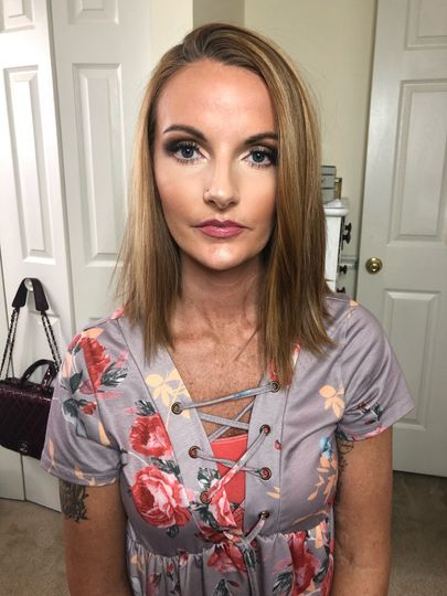 Airbrushed Skin and Contour