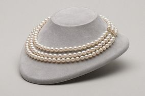 Museum Way Pearls