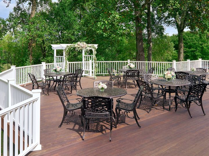 Tmx Patio 062 51 104671 Smithtown, NY wedding venue