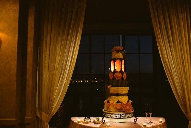 Tmx 1393209615063 090 Corona wedding cake