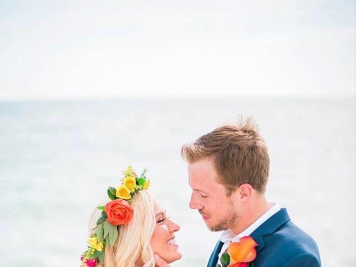 Tmx 1522254050 3333953e724caa1c 1522254049 C90f90aca1a9b3f5 1522254047549 7 26165481 171261943 Bradenton, Florida wedding florist