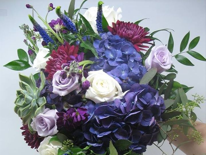 Tmx 23755325 1671591956236955 6246348466219755548 N 51 154671 1555931079 Bradenton, Florida wedding florist