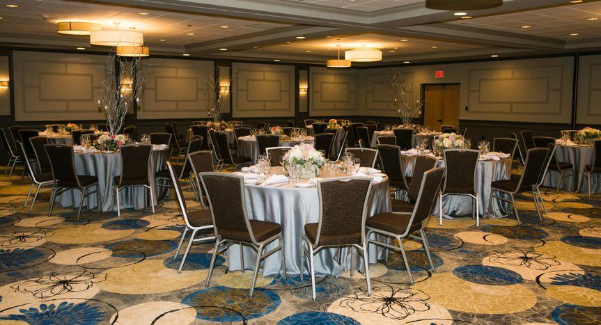 Grand Rose Ballroom At Clarion Inn Providence Seekonk Reviews Amp Ratings Wedding Ceremony