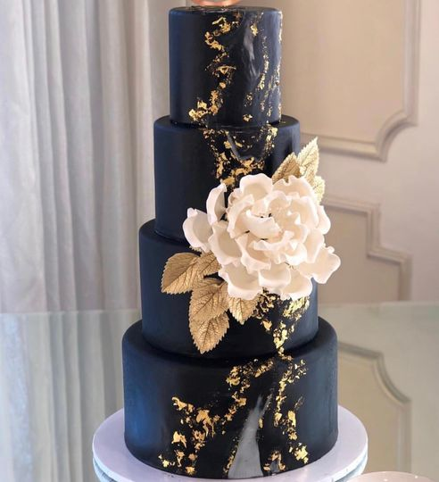 Roobina's Cake Wedding Cakes