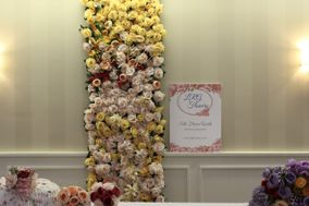 Lilly Rose Glam Flower Walls