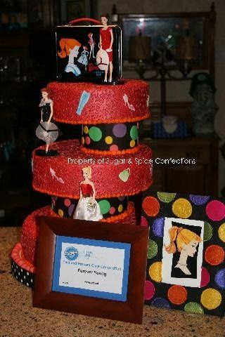 """My entry in a """"Past & Present"""" Wedding cake Competition."""
