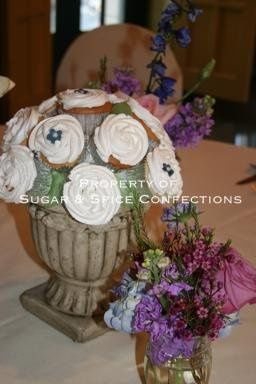 Heap Wedding Centerpieces (The President Hotel)