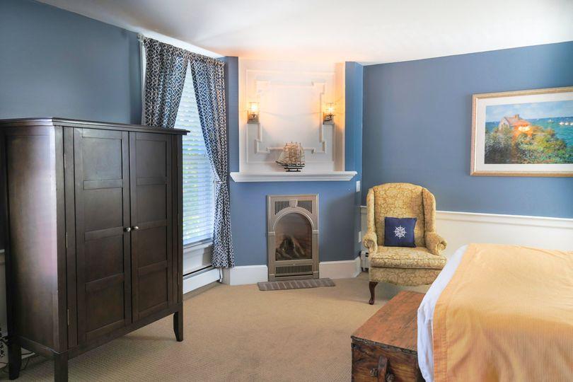 One Room Queen Suite