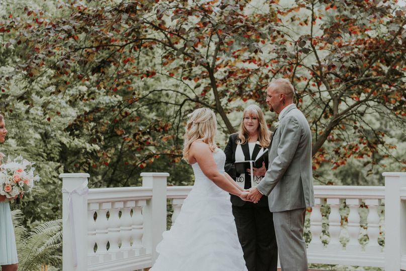 Wedding by the lovely trees