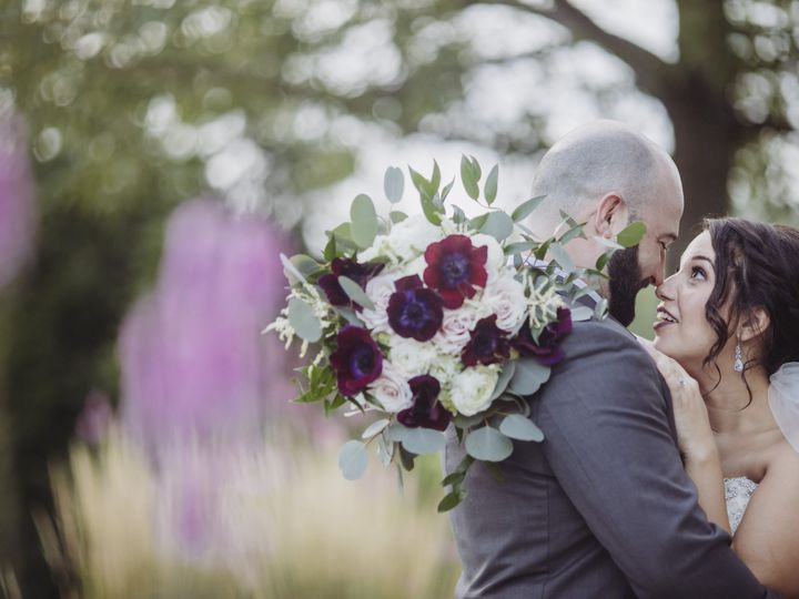 Tmx Couple015 Copy 51 977771 160900042153283 Kansas City, MO wedding florist