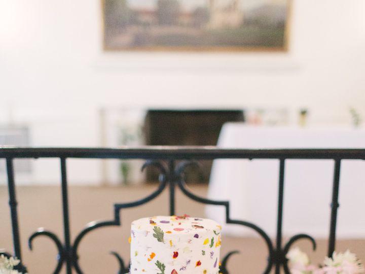 Tmx Details 0036 51 703871 161204379420214 Santa Barbara wedding cake