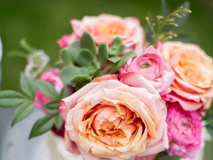 Tmx Img 1568 51 703871 161204380414858 Santa Barbara wedding cake