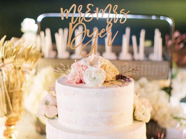 Tmx Img 2057 51 703871 161204380290759 Santa Barbara wedding cake