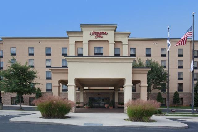 Tmx 1400163873591 Hampton Inn Exterio Knoxville wedding travel