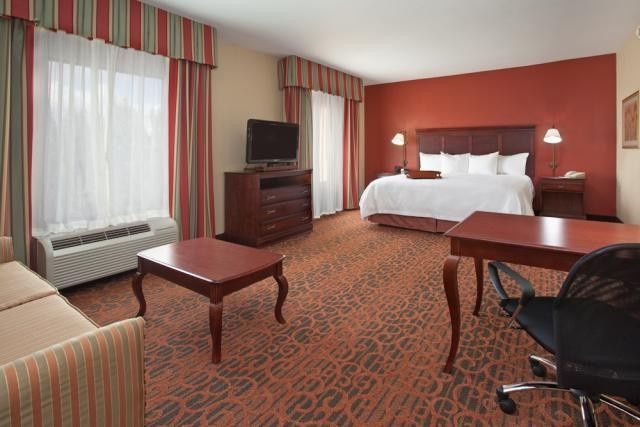 Tmx 1400163909477 Hampton Knoxville Suite 1 Low Re Knoxville wedding travel