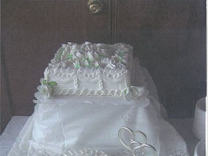 Tmx 1220930015120 Budgetedweddingcake Jamaica wedding planner