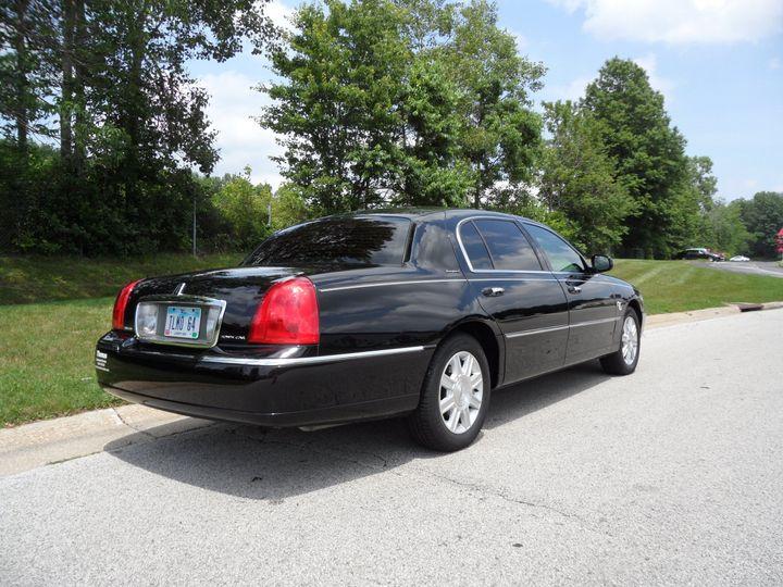 Tmx 1522866687 5c8678b7e7c0881d 1522866684 F8d878833b344bbe 1522866683883 15 Lincoln Town Car  Akron, OH wedding transportation