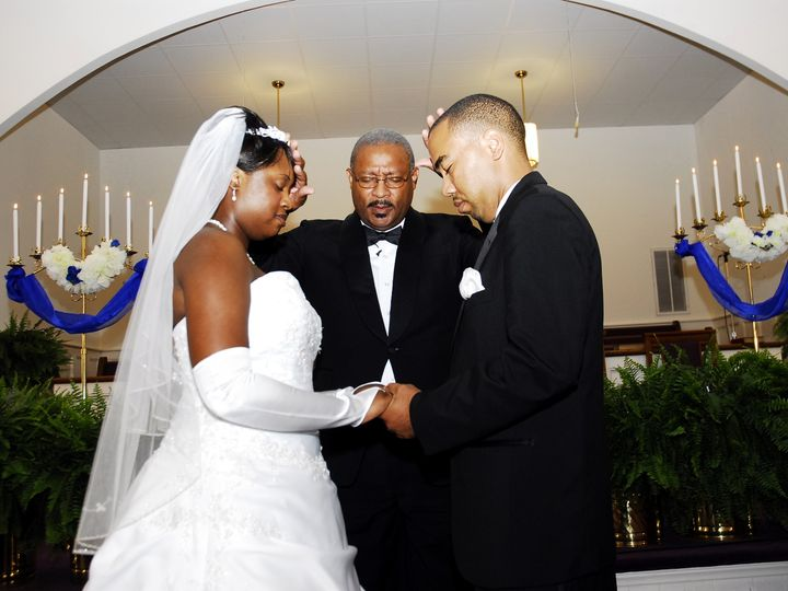 Tmx  Dsc0132 51 1033971 1555937083 Raleigh, NC wedding videography