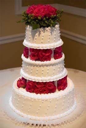 Tmx 1516803831 D7386cc7e9e29d0e 1516803830 4af4fa19ca6863af 1516803830239 7 ChristmasWeddingCa Columbus, OH wedding cake
