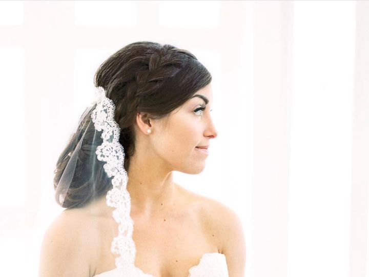 Tmx 33076876 1745626938793949 7858502902736748544 O 51 379971 Cary wedding dress