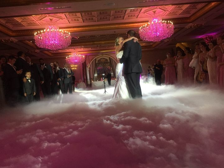 MajorSoundz would like to congratulateour Bride and Groom  Dancing on the clouds
