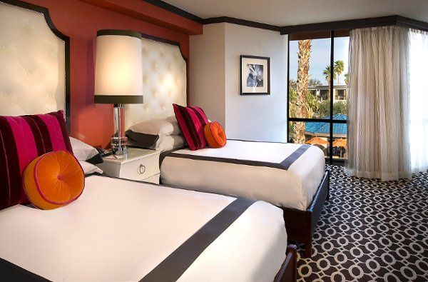 With 406 rooms and 9 different room types including 6 types of suites, there is a room to suit...