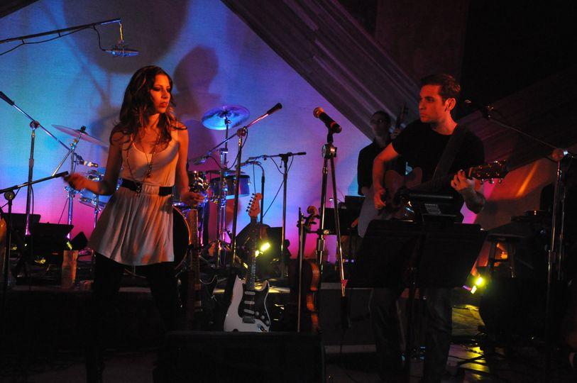 Aaron Goldfarb performing at El Adobe Studios