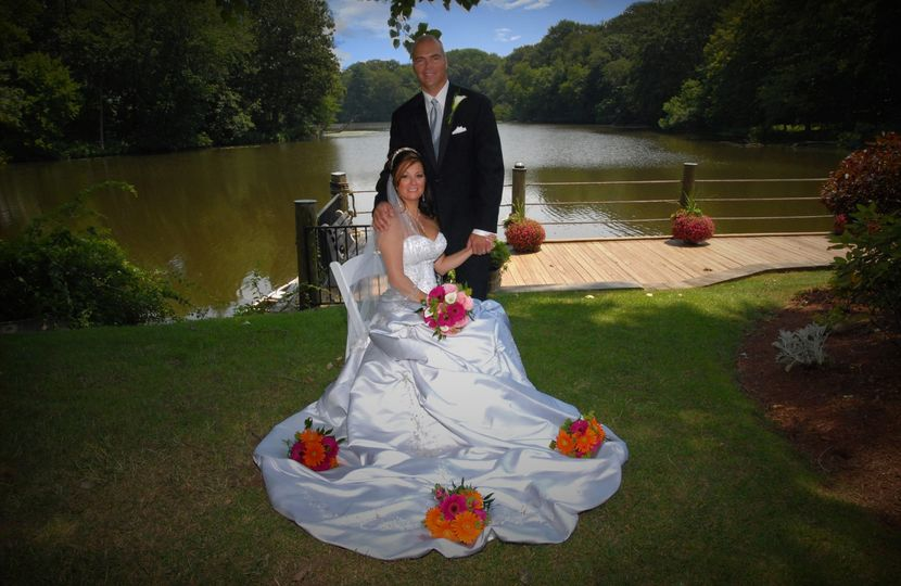 Wedding at the river