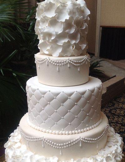 Tmx 1417522772793 Petals Cake Millersville, Pennsylvania wedding cake