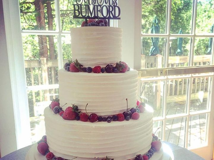 Tmx 1503317879931 Berry Cake Millersville, Pennsylvania wedding cake