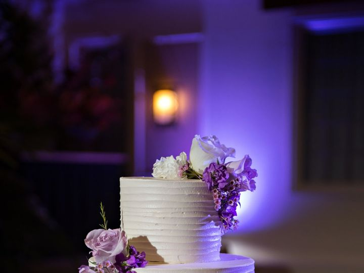 Tmx 1527560208 105a844e278c2cf9 1527560206 02eb8b99997fc114 1527560209000 7 C S Wed 0580 Millersville, Pennsylvania wedding cake