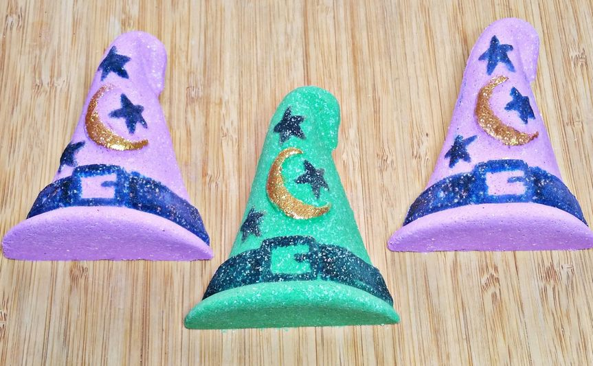 I'm a witch fortune bath bombs