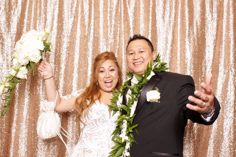 Spotlight Photbooth Company is Maui's premier modern luxury photo booth...