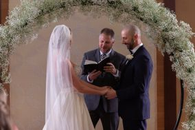 Elevate Wedding Officiant