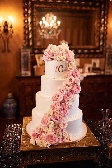 floral events flowers houston tx weddingwire. Black Bedroom Furniture Sets. Home Design Ideas