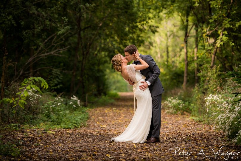 amanda and kyle wedding sneak peek edit