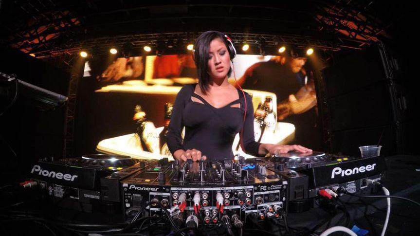 DJ CYD