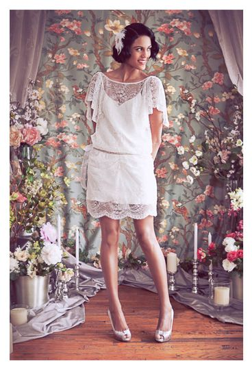 low back beaded lace gatsby short wedding dress b