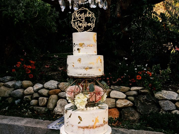 Tmx 7b203299 8ade 4ca8 Bad1 15f05a1e4239 51 971181 157773963954343 Thousand Oaks, CA wedding cake