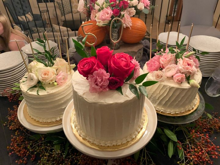 Tmx Img 0454 51 971181 1573615419 Thousand Oaks, CA wedding cake