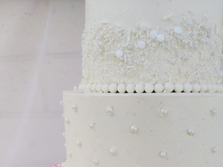 Tmx Img 9418 51 971181 157773963635344 Thousand Oaks, CA wedding cake