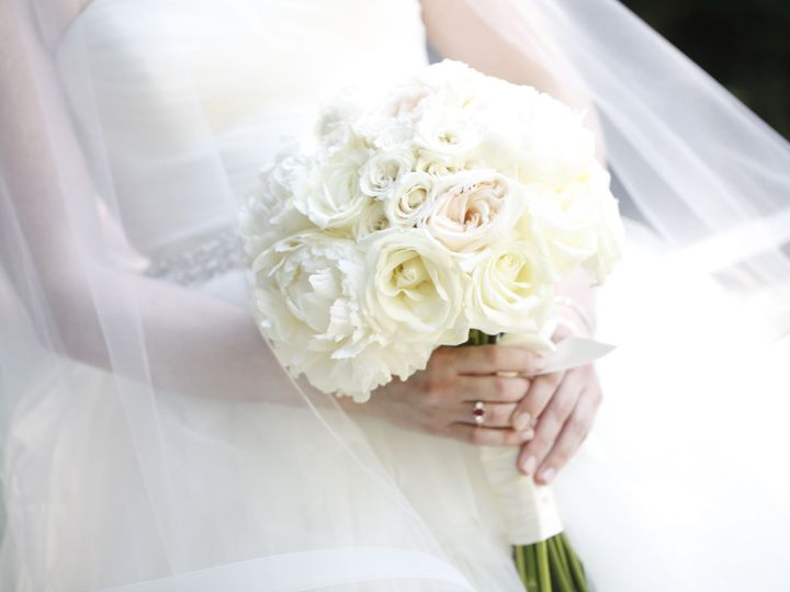 Tmx 1533318766 48d4cb02054ba1fd 1533318763 1e2ffe9ebd602b09 1533318757527 20 Claire And John W Sunnyside, NY wedding florist